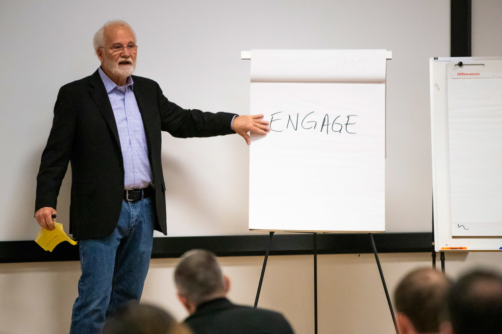 Organizational Communications Consulting Michael Green 04 1024x682